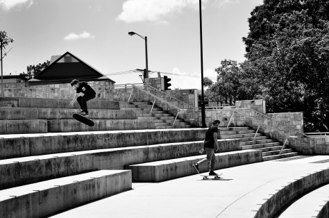 Luke showing the boys how its done, Text book 360 flip!