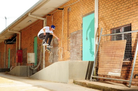 Jarrod flicking a steezy kickflip