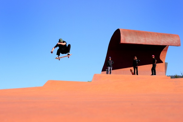 Beacho floats a Fs 180 over the hip