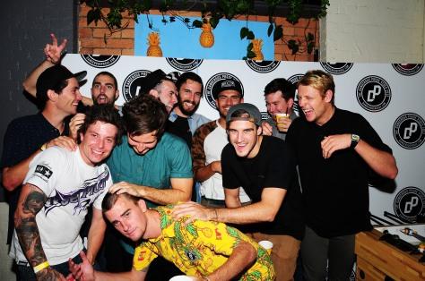 Bunch of Swooshy dudes!