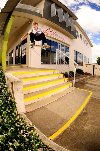 Beacho gaps out and past the stairs and curb with this Ollie